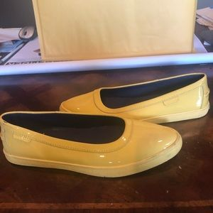 Cole Haan Womens casuals yellow 6 medium